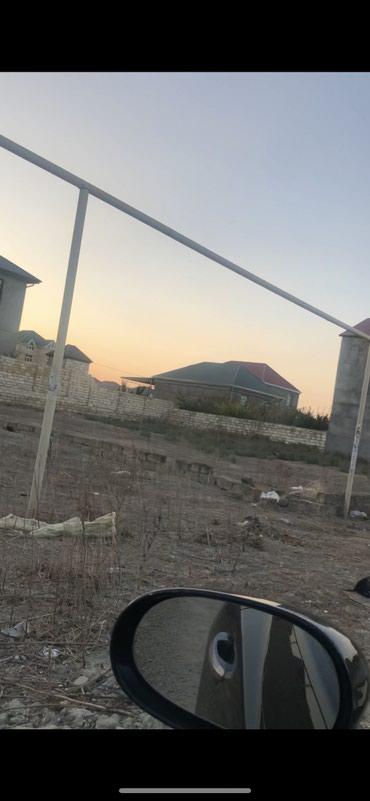 Xırdalan şəhərində Masazirda trass terefde 3 sot torpaq qaz su iwiq yandan kecir .