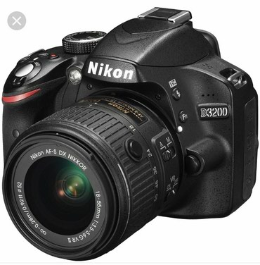 Продаю фотоаппарат nikon d3200 в идеальном в Бишкек
