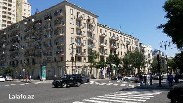 суточные особняки в Азербайджан: Günlük evlər Bakida Сдаю 2 комнатную квартиру Суточно для гостей