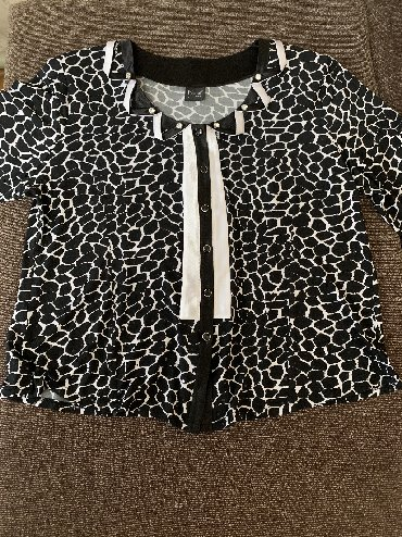 нарядные блузки в Кыргызстан: Продаётся нарядная блузка! Одевалась один раз на мероприятие. Длинный