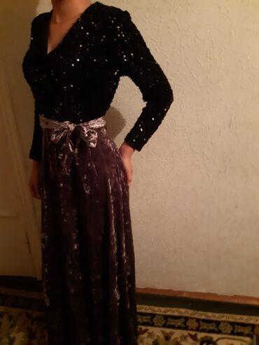 Платья - Джалал-Абад: Платье вечернее, и совсем новое)