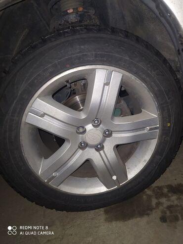 шини 17 60 в Кыргызстан: 215/60/17 размер меняю на 205или 215/70/15 месте шиной