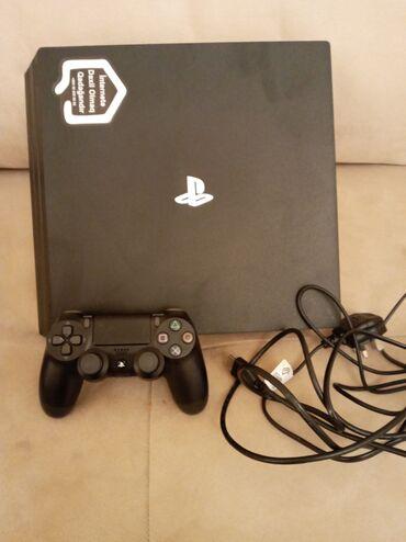 Sony m2 - Azərbaycan: Playstation 4 Pro Icinde oyunlar yuklenib alinib ama istifade olunmayi