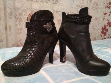 Продам обувь, состояние отличное.  в Бишкек