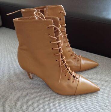Zara натуральная кожа. Размер 37 на узкую ногу. Мягкая, удобная каблук