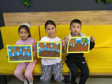 Учитель рисования с большим опытом работы с детьми младшего школьного