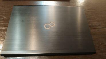 Ультрабук Fujitsu Lifebook U554