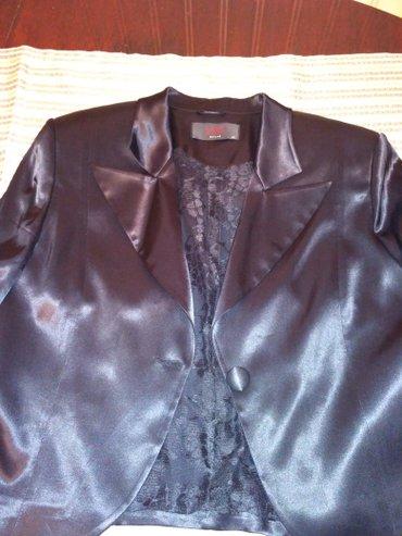 женская платья размер 46 48 в Кыргызстан: Продаю костюм женский. ткань атлас плотный. турция. размер46-48. длина