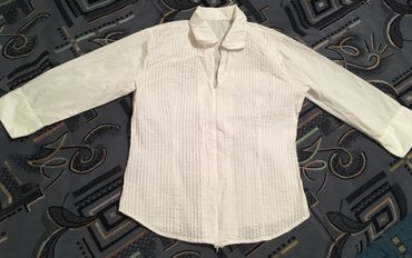 Рубашки белые женские новые 44-46-48 размер по 200 сом в Бишкек