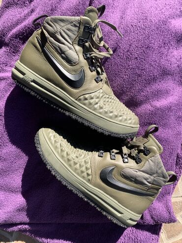 Nike air forceOriginalUnisexZimskeNosene stvarno dva puta, bez