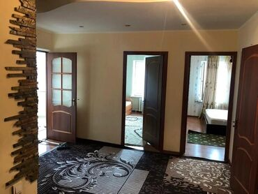 Apartment for rent: 3 bedroom, 120 sq. m, Bishkek