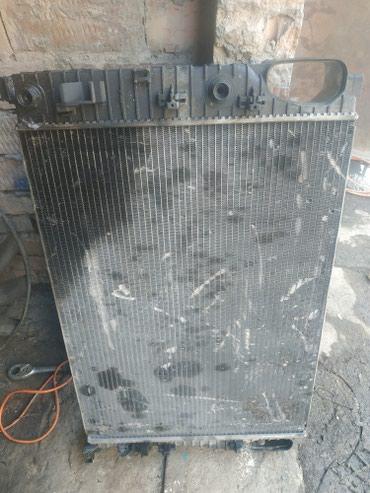 Радиатор основной на Мерседес w211 в Кок-Ой
