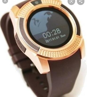 bentley mulsanne 675 v8 в Кыргызстан: Smart часы v8 в идеальном состоянии в коричневом цвете