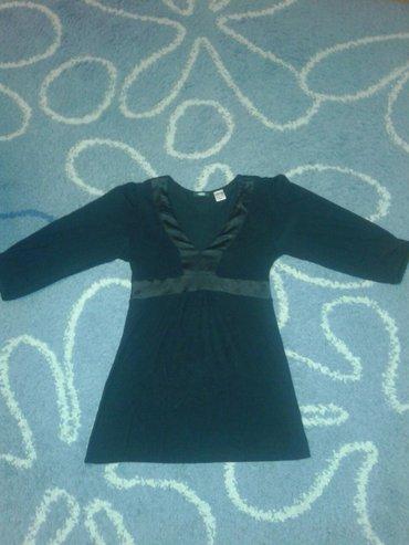 Crna bluza od viskoze,nova, kupljena u parizu,rukav ispod lakta ima - Valjevo