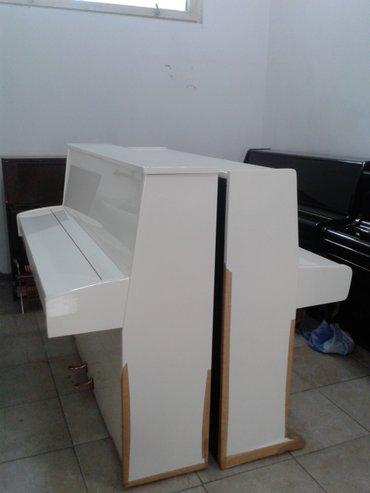Bakı şəhərində Ağ rengde piano satılır. çatdırılma-köklenme, 5 il zemanetle.