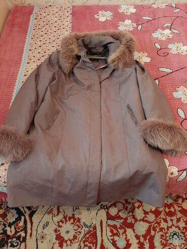 Alcatel 2000 - Кыргызстан: Женская тёплая зимняя куртка. Размер 54-56. 2000 сом
