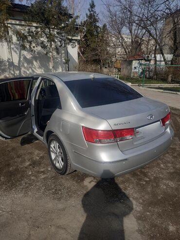 Hyundai Sonata 2 л. 2009   140000 км