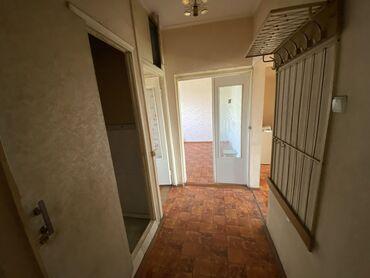 скупка мебели бу бишкек в Кыргызстан: 105 серия, 3 комнаты, 65 кв. м Лифт, Без мебели, Парковка