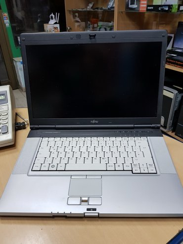 Fujitsu celsius / model h700 / mobile work station made in germani