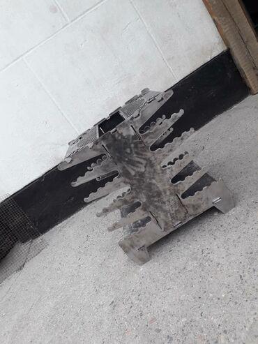 Продаю вертикальный мангал . Металл 3 мм . Вырезанный на лазерном
