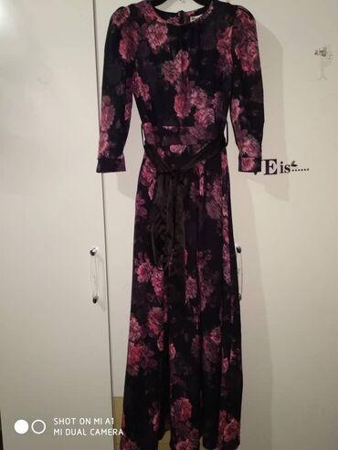 Платья - Джалал-Абад: Платья по 1000 в отличном состоянии одевала пару раз куплена дороже (