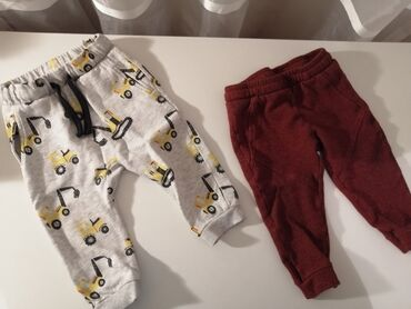 Dečija odeća i obuća - Gornji Milanovac: Donji delovi, veličine fotografisane Oba za 700din