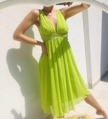 Prelep potpuno nova haljina S/M