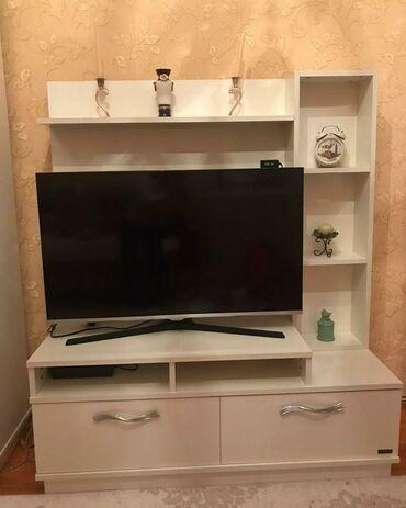 Tv stend 150 manat.Tezedi Saloglu mebelden alinib.Unvan;7 mkrKod3020
