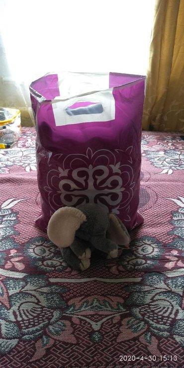 Верхняя одежда в Сокулук: Продаю пакетом. Вещи на девочку от 0 до 5-6 месяцев. В пакет