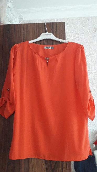 qoroşkalı qadın bluzu - Azərbaycan: Bluz razmer 40.az geyilmiş
