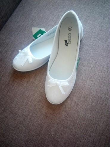 Ženska obuća | Cacak: Nove,bele,platnene baletanke,broj 40