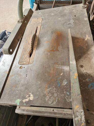 интенсивный стол в Кыргызстан: Продаю циркулярку промышленную Производство СССР! # Столярный # Цех#