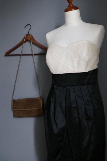 MONSOON strapless μεταξωτο φορεμα.   Εξαιρετικη ποιοτητα. Φορεμενο σε Κεντρική Θεσσαλονίκη
