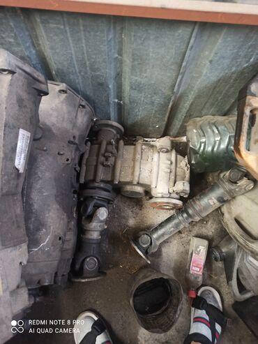 Транспорт - Аламедин (ГЭС-2): Продаю раздатку от спринтера привозной из Германии коробки мотор