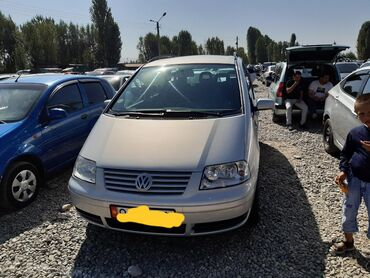 Volkswagen Sharan 1.9 л. 2002 | 168000 км