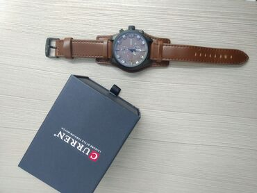1 Часы CURREN Кварцевые Ремешок эко-кожа.Цвет коричневый.Новые Цена