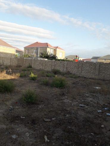 Bakı şəhərində Yeni suraxanida torpaq satilir hasarin icinde beş sotdur senedlidir