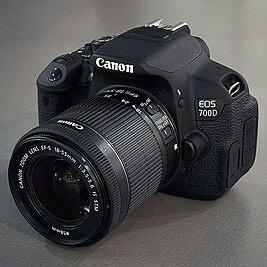 Canon 700d kit 18-55stm. В отличном состояний в Ала-Бука