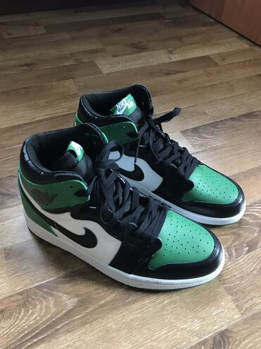 обувь лайки в Кыргызстан: Новые Nike Air Jordan 1 Green 41 размер - 26 см. без коробки
