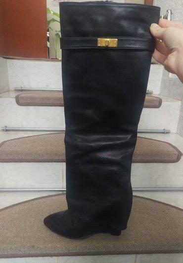 Moderne cizme.Jednom nosene.Broj 38 - Kucevo
