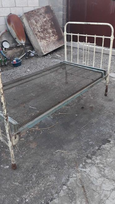 Продаю металлическую кровать. Полуторку, для дачи. цена 1600 сом