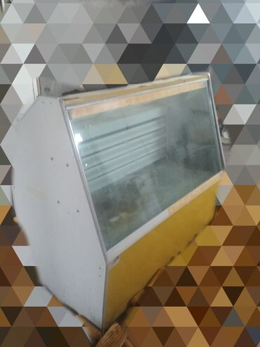 бу морозильная камера в Кыргызстан: Ветринный холодильник бу1.5 м рабочий продам за 13 000