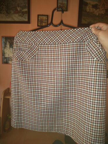 Karirana suknja,o 41,d 52