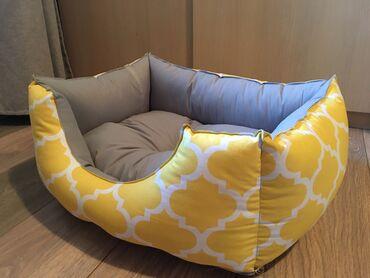 Kreveti za pse u dimenzijama:50x35,60x40,70x45,80x50,90x55 i