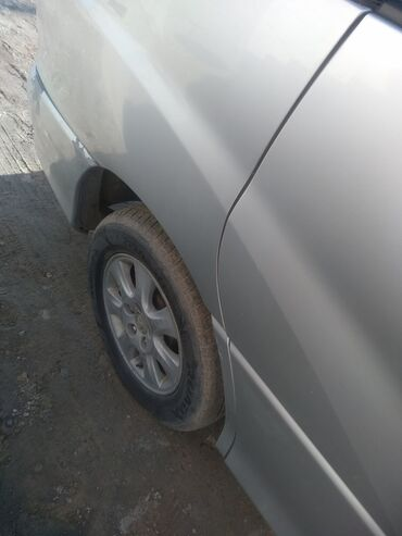 Toyota Estima 2.4 л. 2002 | 4700 км