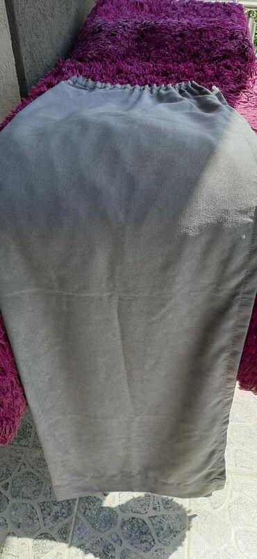 Na prodaju sivi draperi. vrlo ocuvani. malo korisceni. sirina jednog