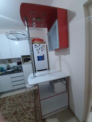 барная стойка в Кыргызстан: Продаётся барная стойка в отличном состоянии, очень удобная вещь