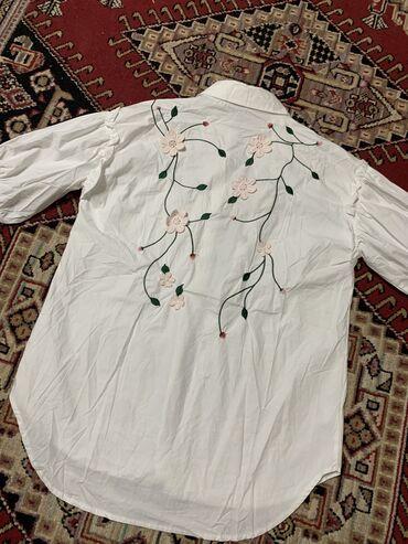 Рукава для водителей бишкек - Кыргызстан: Продаётся рубашка,с короткими рукавами и вышивкой Размер С-М Состояние