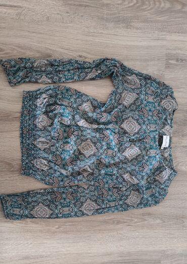 Женская шелковая блузка. Привезена с Европы. Качество отличное, в