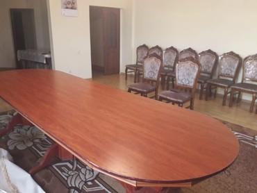 шредеры 12 14 на колесиках в Кыргызстан: Срочно продается стол со стульями на 14 человек, стулья новые покупал